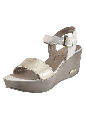 Sandály s metalízovým leskem Karino 1083-074-P