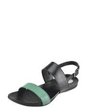 Casualové sandálky Carinii