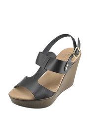 Sandálky na klínu Eva Frutos