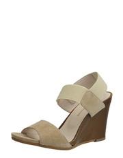 Tělové sandálky na klínu Solo Femme